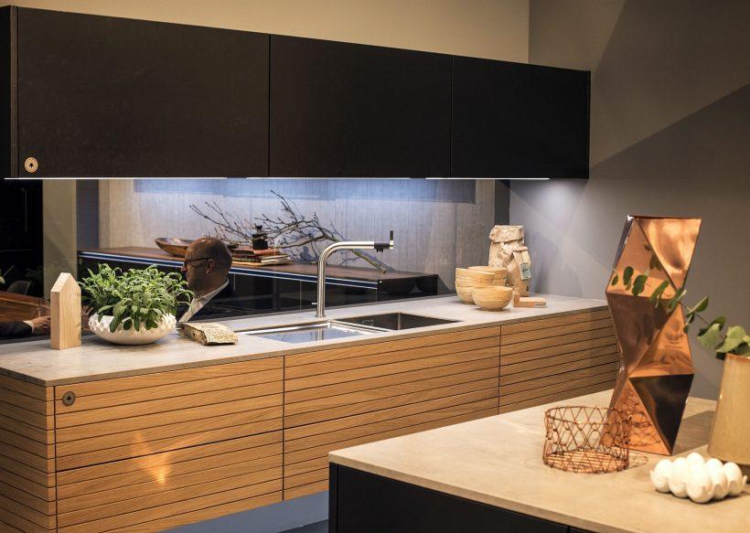 Dekorere på kjøkken med LED Striper